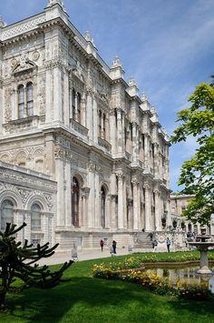 Dolmabahçe Palace - Istanbul, Turkey