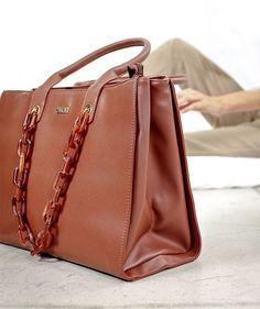 Handbag in brown with plastic chain. Brown Backpacks, Blue Handbags, White Handbag, Wooden Handles, Pu Leather, Dust Bag, Studs, Light Blue, Spring Summer
