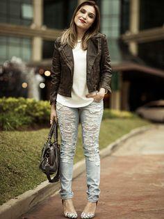 Lu Ferreira, do blog Chata de Galocha, usa calça Damyller