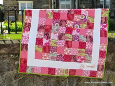 Knotted Cotton: Fabric Tuesday - yet more quilt photos...