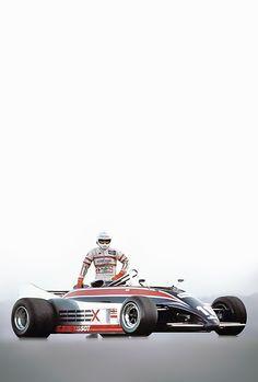 Elio de Angelis su Lotus 88