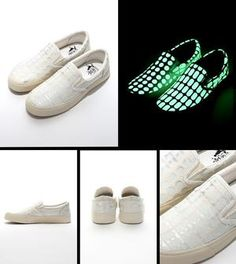 glow in the dark shoes - low cut - pro order now !
