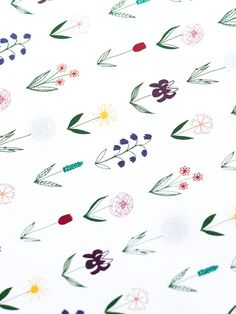 Scandi Floral Gift Wrap #giftwrapping