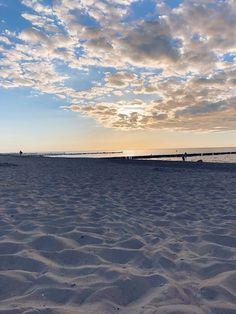 Ganz große Ostsee-Liebe: Unsere Tipps für Urlaub in Kühlungsborn | Marry Kotter Coast, Ocean, Beach, Places, Restaurants, Outdoor, Sunset Beach, Day Trips, Holiday Destinations