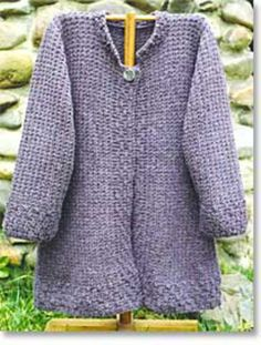 A very versatile coat, the Autumn Coat features subtle textures and flattering flared design. Knit in chunky weight. Knitted Coat Pattern, Knit Cardigan Pattern, Sweater Knitting Patterns, Chunky Cardigan, Knitting Ideas, Knitting Projects, Coat Patterns, Weaving Patterns, Crochet Patterns