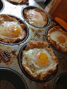 Easy breakfast recipe.  Cut a circle out of a piece of bread.  Stuff it in a muffin tin.  Crack an egg in it.  Salt. Pepper.  375° for 20-25 mins.
