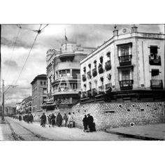 ASPECTO DE LA CALLE BRAVO MURILLO, DE MADRID, FORTIFICADA CON ADOQUINES, EL DÍA EN QUE ENTRARON LAS TROPAS NACIONALES.: Descarga y compra fotografías históricas en   abcfoto.abc.es