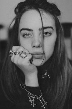 Isdb - 📷 photo story of (billie eilish), Billie Eilish, Tumblr Photography, Photography Music, People Photography, Pretty People, Nice People, Queens, Celebs, Black And White