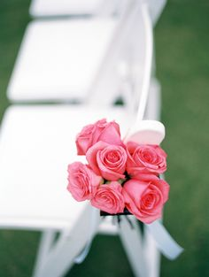 #Pink #Roses #AisleDecor |  Wendy Laurel Photography | See the wedding on SMP:  http://www.stylemepretty.com/destination-weddings/2013/12/18/white-orchid-plantation-house-wedding/
