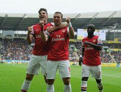 Podolski scores twice against Hull City