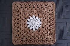 """Lacy Sun Square, free pattern by Dayna Audirsch in either 7"""" or 12"""" size. Pic from Ravelry Project Gallery. . . . . ღTrish W ~ http://www.pinterest.com/trishw/ . . . . #crochet #motif"""