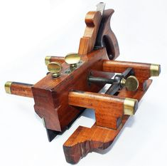 Information articles about antique tools and makers. Woodworking Hand Planes, Antique Woodworking Tools, Antique Tools, Old Tools, Wood Plane, Blacksmithing, Carpentry, Articles, At Least