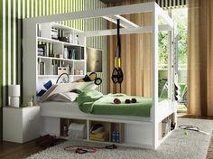 tête de lit avec rangement intégré, étagères murales, table de chevet blanc neige et papier peint rayé en blanc et vert