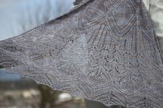 Ravelry: Uncia pattern by Lucy Hague