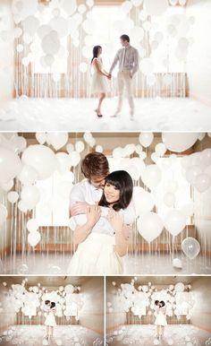 Dicas e inspirações para se criar um cantinho divertido para fotos no seu casamento, o famosoPhoto Booth!  #fotosdivertidas #fotoscriativas #casamento #wedding #photobooth #noivinhasdeluxo