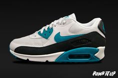 Nike Air Max 90 Essential (PR PLTNM/RDNT EMRLD-BLK-SMMT W) For Women Sizes: from 36 to 42 EUR Price: CHF 170.- #Nike #AirMax #NikeAirMax #AirMax90 #AirMax90Essential #Sneakers #SneakersAddict #PompItUp #PompItUpShop #PompItUpCommunity #Switzerland