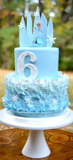 Another Frozen Cake - Cake by Elisabeth Palatiello - CakesDecor Torte Frozen, Frozen Party Cake, Elsa Torte, Frozen Themed Birthday Party, 2 Birthday Cake, Party Cakes, Bolo Frozen, Geek Birthday, Birthday Parties