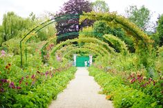 a beautiful day at giverny! | M is for Madeleine