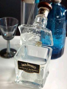 más y más manualidades: Aprende cómo cortar botellas de vidrio