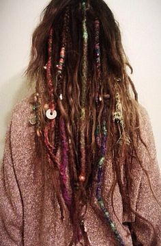Inspiration for subtle dread look