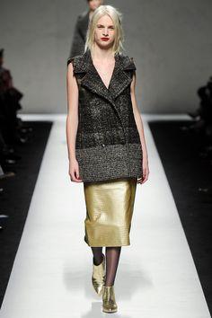 Dourado e Preto compõe a paleta de cores do próximo inverno.