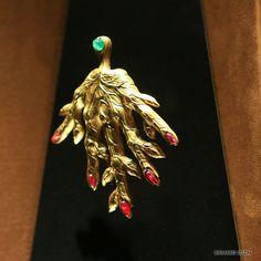 dali jewellery Glasgow Museum, Fine Jewelry, Jewellery, Moustaches, Salvador Dali, Surrealism, Jewelry Collection, Jewelry Design, Diamonds