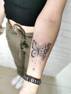 Shoe Tattoos, Key Tattoos, Girly Tattoos, Trendy Tattoos, Body Art Tattoos, Tatoos, Rose And Butterfly Tattoo, Butterfly Tattoo Designs, Simplistic Tattoos