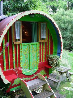 Gypsy Wagon West Wales by Alan Chapman http://www.underthethatch.co.uk/rcww