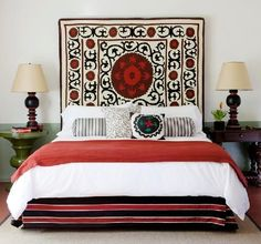 Perfect look to steal for the bedrooms at the farmhouse. Suzani chic from the Colony Palms Hotel.
