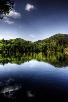 Mirror Lake (HDR Orton)