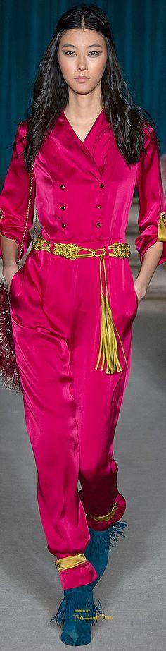 Fall 2015 Ready-to-Wear Matthew Williamson: Pink Fashion, Colorful Fashion, Runway Fashion, Fashion Show, Fashion Design, Bias Cut Dress, Matthew Williamson, Fashion Seasons, Fashion Boutique