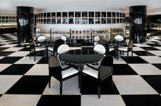 Wie es ist, eine Nacht im luxuriösesten Hotel der Welt zu verbringen #refinery29  http://www.refinery29.de/2016/11/130330/armani-hotel-dubai-luxus-hotel#slide-3  Im Armani Deli gibt es jede Menge Snacks – und 24 Stunden am Tag gibt's Desserts!...
