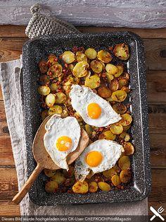 Bratkartoffeln vom Blech, ein leckeres Rezept aus der Kategorie Kartoffeln. Bewertungen: 156. Durchschnitt: Ø 4,3.