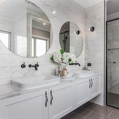 Create your very own hamptons style bathroom with Bold Living - the hamptons specialists 😍🌿 Bathroom Layout, Modern Bathroom Design, Bathroom Interior Design, Bathroom Styling, Bathroom Ideas, Bathroom Organization, Restroom Design, Minimal Bathroom, Tile Layout