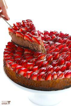 http://www.gimmesomeoven.com/strawberry-nutella-cheesecake-recipe/                                                                                                                                                      Mais