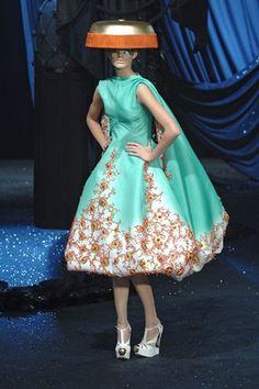 Christian Dior Spring 2008 Couture Fashion Show - Michaela Kocianova (Elite)