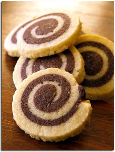 Sablés escargots au chocolat - spirale--  yum :o have to try making these at home