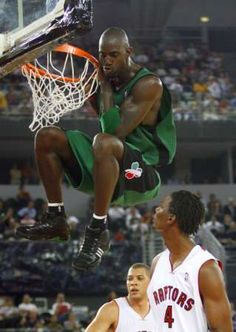 Kevin Garnett- power forward   Get Your Latest Daily Sports Picks In 4 Languages At: http://WorldBetInfo.com