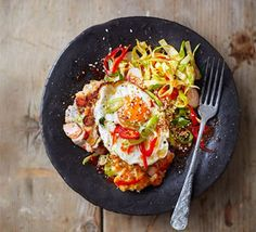 March 2016 Bake it beautiful: Korean fishcakes with fried eggs & spicy salad Bbc Good Food Recipes, Heart Healthy Recipes, Dinner Recipes, Bbc Recipes, Korean Fish Cake, White Fish Recipes, Fishcakes, Spicy Salsa, Fish Dishes
