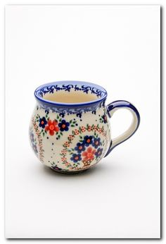Polish Pottery - Ich liebe Schaumbecher - All the Stuff I like - Coffee Ceramic Pottery, Ceramic Art, Coffee Cups, Tea Cups, Motif Vintage, Polish Pottery, Cute Mugs, Mug Cup, Tea Set