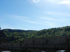 Ankunft an der Burg, nach langem Fußmarsch
