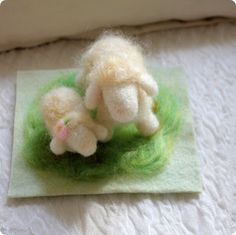 Sunny Sweet Life: Felting Series, Part 2: Needle-Felted Sheep - tutorial