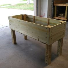 RYOBI NATION - Raised Planter Box Raised garden planter box for growing vegetables and herbs Elevated Planter Box, Raised Garden Planters, Raised Planter Boxes, Vegetable Planters, Pallet Planter Box, Garden Planter Boxes, Raised Vegetable Gardens, Raised Garden Beds, Raised Beds