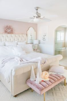 Feminine Master bedroom design ideas: Neutral luxurious master bedroom with white bedding, neutral sleigh bed, blush pink wallpaper and velvet bench Bedroom Ideas wallpaper Luxurious Master Bedroom Refresh Pink Master Bedroom, Feminine Bedroom, Pink Bedrooms, Master Bedroom Design, Dream Bedroom, Home Decor Bedroom, Modern Bedroom, Pink Wallpaper Bedroom, Blush Pink Wallpaper