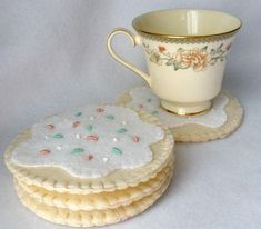 Sugar Cookie Felt Coaster Set, Hand Stitched MugMats, Hostess Gift, Ivory White Cookie With Sprinkles the least caloric cookies in the world, to accompany tea (mug rug) Felt Diy, Felt Crafts, Crafts To Make, Diy Crafts, Felt Coasters, Iced Sugar Cookies, Felt Food, Penny Rugs, Play Food
