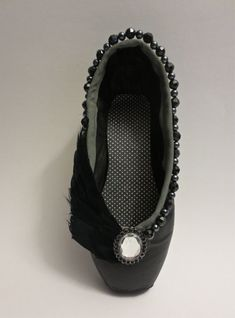 Black Swan  Decorated Pointe Shoe o.o.a.k. by PavlovasDogs on Etsy, $40.00