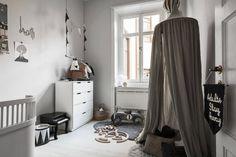 monochrome house - in Hjärnegatan Scandi Home, Scandinavian Apartment, Gravity Home, Kids Corner, Kid Spaces, Kidsroom, Room Interior, Kids Bedroom, Future House