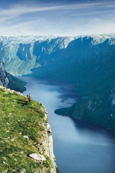 Gros Morne National Park is a world heritage site located on the west coast of Newfoundland. At 1,805 km2 (697 sq mi), it is the second largest national park in Atlantic Canada (surpassed by Torngat Mountains National Park at 9,700 km2 (3,700 sq mi).