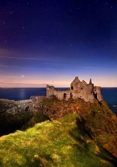 Ruins of Dunluce Castle, Antrim Ireland © Stephen Emerson