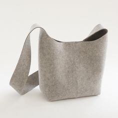 landmade - natural grey felted wool bag